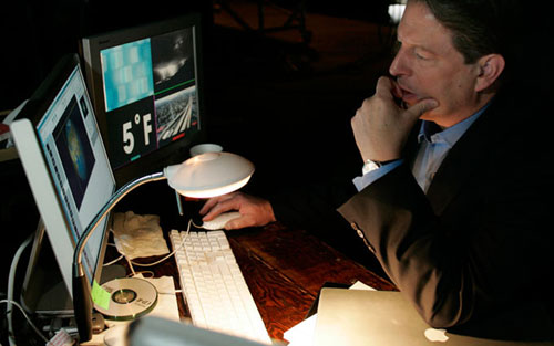Al Gore wins Nobel Prize for not using PowerPoint